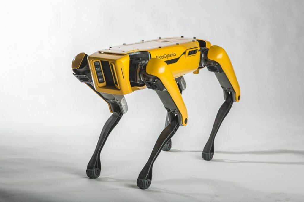 Cão-robô que inspirou episódio de 'Black Mirror' chega ao mercado em 2019