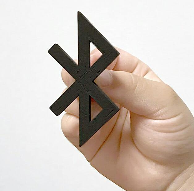 Designer japonês transforma logos icônicos em itens do nosso dia a dia - bluetooth